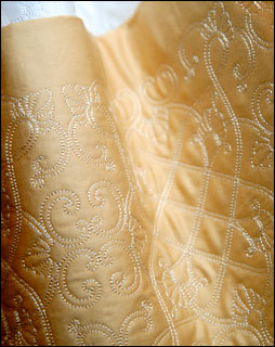 arabesque embroidery